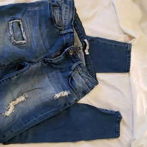 Just Fab Distressed Jeans size 26